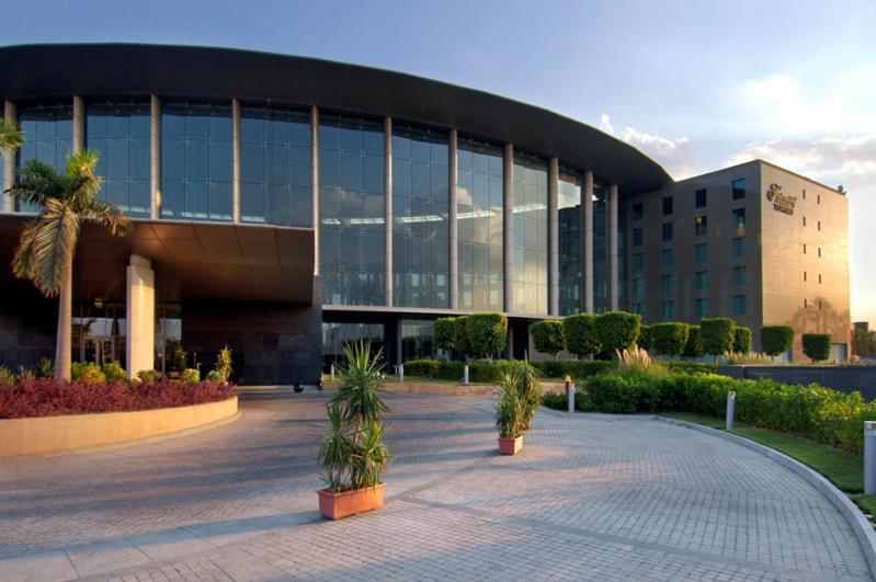 Fanadek Masr | فنادق مصر | هيلتون هليوبوليس 5 نجوم