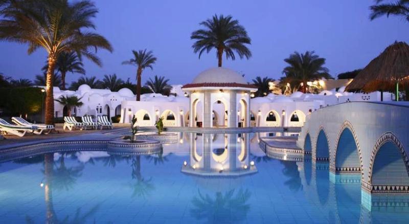 Fanadek Masr | فنادق مصر | منتجع رويال هوليداي بيتش ريزورت