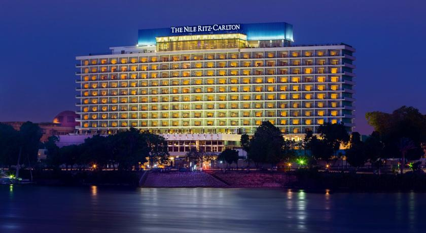 Fanadek Masr | فنادق مصر | ريتز كارلتون النيل 5 نجوم